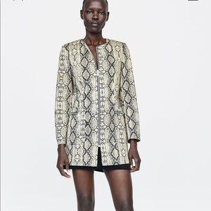 NWOT ZARA Snakeskin Frock Dress Coat SZ L in Women